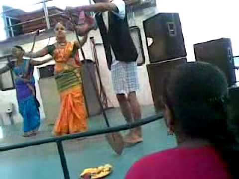 Goan Folk Dance: Goa Traditional Dance (na Mangu Sona Chandi) video