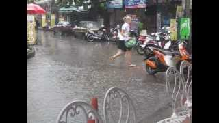 Monsoon in Bangkok at khao san road