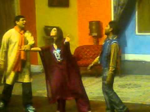 Bismillah Karaan Mah Noor Stage Darama Actress.3gp video