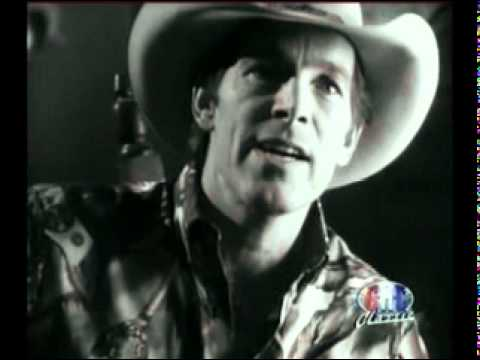 Chris Ledoux - The Lady is Dancing With Me