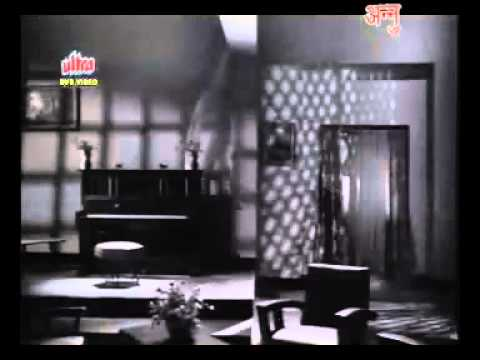 Mere Mehboob Qayamat Hogi Original Video.flv video