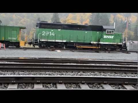 Idling BNSF GP39-E in Skykomish Washington