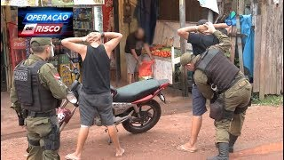 Vizinhos atacam polícia após jovens serem enquadrados por crime de trânsito