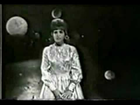 Skeeter Davis - The End Of The World video