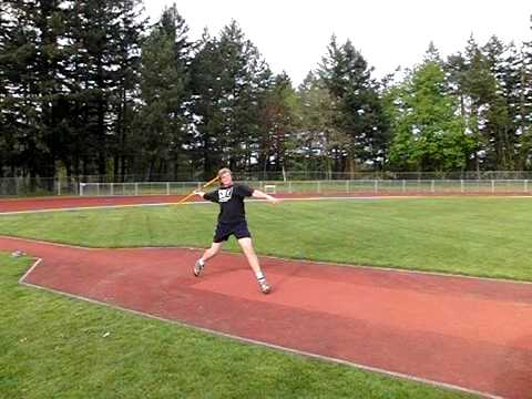 Sam Crouser 71.50m Javelin Training Throw 4-18-2010