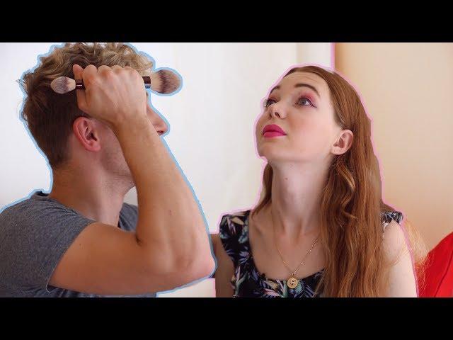 Мой парень делает мне макияж!
