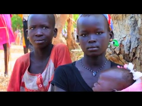 South Sudan: UNHCR and WFP Visit with Aid
