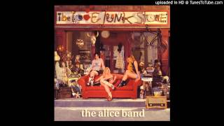 Watch Alice Band Your Eyes video