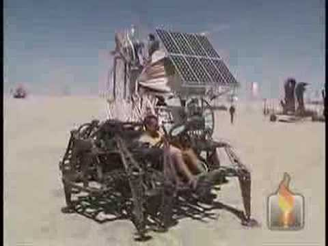 J2F - Spider vs. Big wheel drag race @ Burning Man