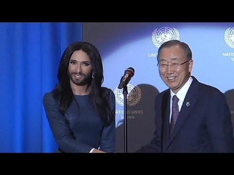 Ban Ki-moon reçoit Conchita Wurst et plaide pour la tolérance