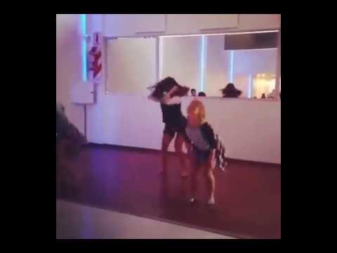 Malena Ratner bailando
