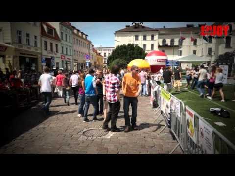 Zaśnięcie Na Starym Rynku W Bydgoszczy Flash Mob