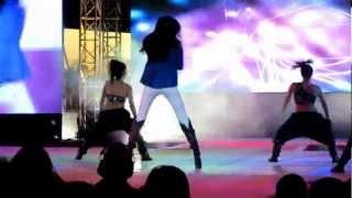 Krista K LIVE (Krista Kleiner) Performing JLo
