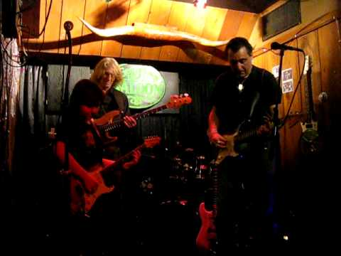 Johnny Boots (w/ Bobby Paltauf) - Texas Flood - 12/23/11