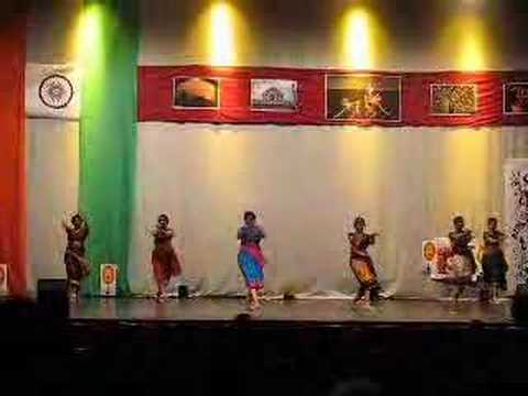 South Indian Folk Dance - Diwali 2007  VT