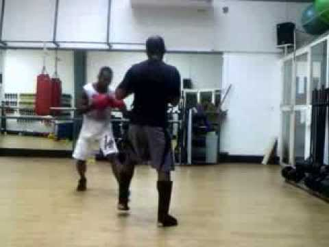 Sparrinng Savate low kicks: 10/03/2014 Image 1