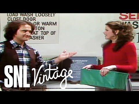 The Laundromat - SNL