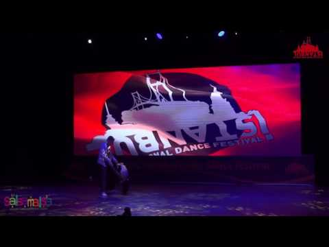 Mine & Serkan Bachata Dance Performance | IIDF 2016
