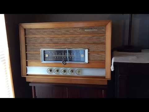 1957 RCA New Orthophonic High Fidelity Radio