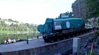 Liebherr - FCC 320 R Heavy lift port crane Niagara Falls
