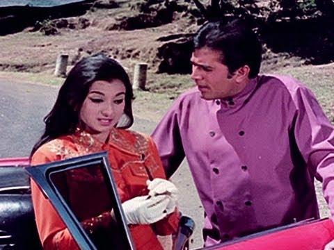 Tanuja Hugs Rajesh Khanna - Haathi Mere Saathi
