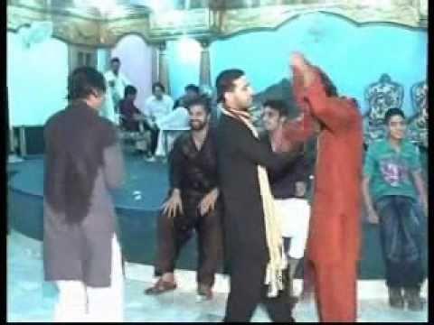 Hassan mehndi dance