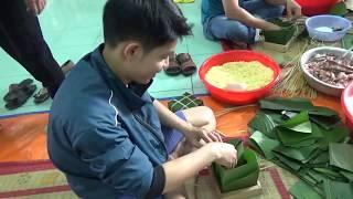 Cách gói bánh chưng bằng khuôn với lá dong
