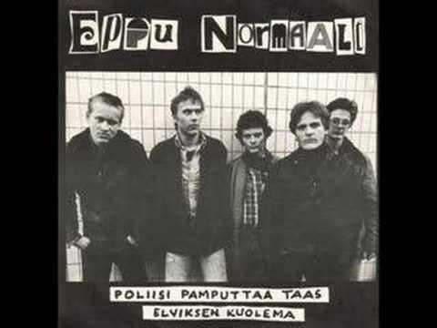 Eppu Normaali - Poliisi Pamputtaa