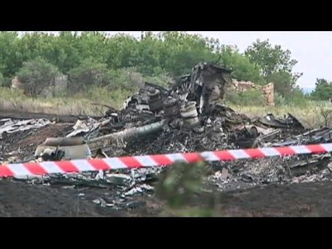 Malaysia Flight 17: International Investigators En Route to Crash Scene