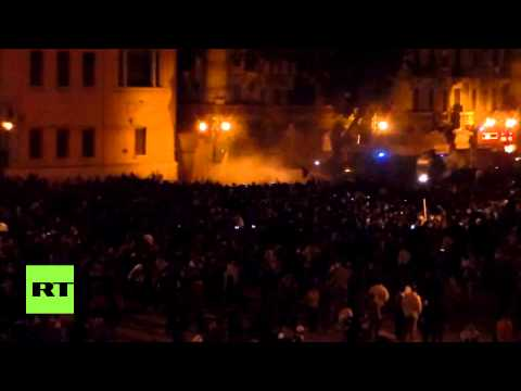 Tahrir Square breaks out in clashes after Mubarak acquitted