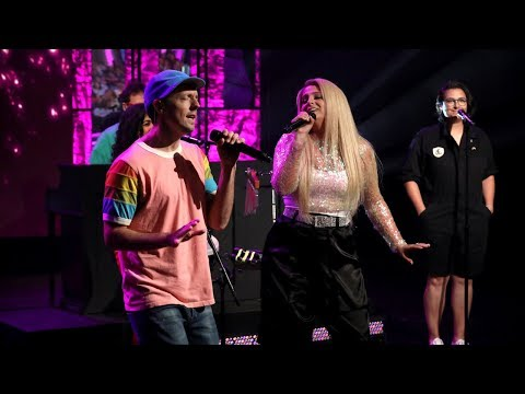 Download Lagu  Jason Mraz & Meghan Trainor Perform 'More Than Friends' Mp3 Free