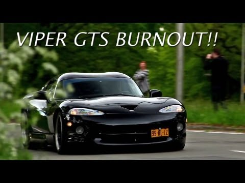 Dodge Viper GTS Heffner 650 BURNOUT! - Loud Accelerations with BackFire! - 1080p