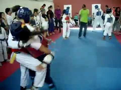 Liseth Rojas Taekwondo 2014 Parte 1