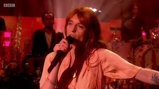 Download Lagu Florence + The Machine - Hunger. The Graham Norton Show. Full HD. 8 June 2018. Album: High as Hope Gratis STAFABAND