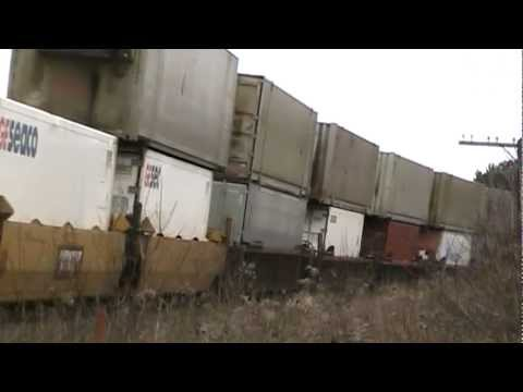 7 TRAINS WITH RARE CATCHES!!! Train spotting the MacTier Sub on Groundhog Day 2012.