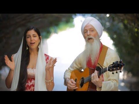 GuruGanesha Band - A Thousand Suns - Introducing Paloma Devi