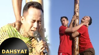 Pertarungan Panjat Pinang Raffy vs Denny [Dahsyat] [17 Agustus 2016]