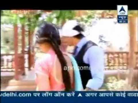 KSG on SBS 3rd April 2013- Jennifer visits karan on QH sets & Asad Zoya bonding