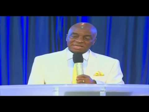 Bishop David Oyedepo:praise Facilitates Fulfillment Of Prophesy 5th Feb.2015 video