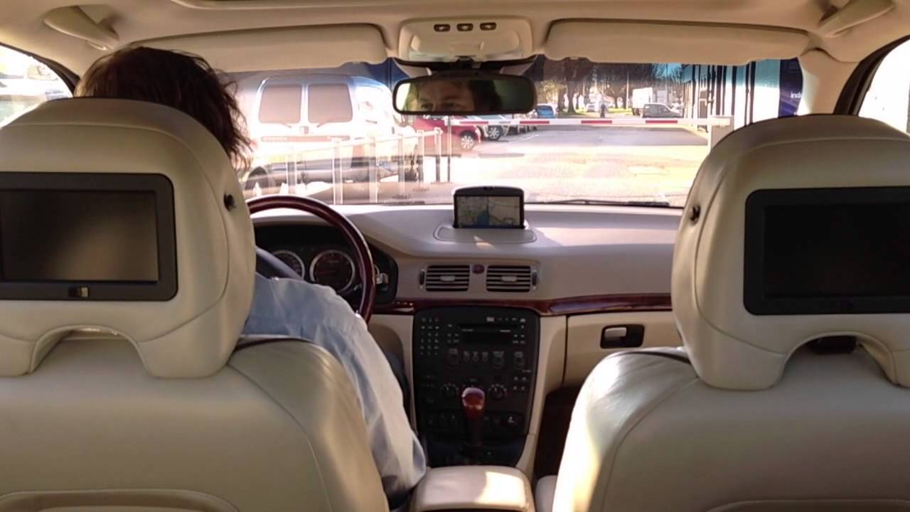 Driving a VOLVO S80 2.9 Executive Geartronic Four-C Premium Sound - YouTube