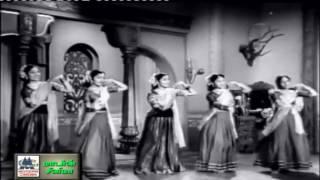 Kannalalne Vaarunga  Song   Chakravarthi thirumagal