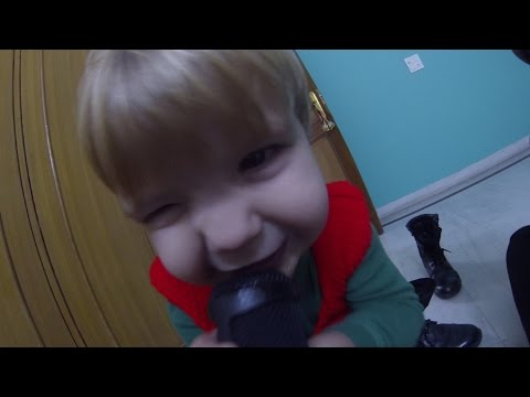 Baby Sings Christmas Metal - TSV Daily 16