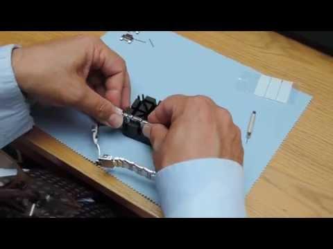 How to adjust the metal bracelet on a wristwatch. Links with Screws.