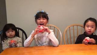 Kinder Joy Surprise Eggs Mulan Mushu Cinderella - Toy Review