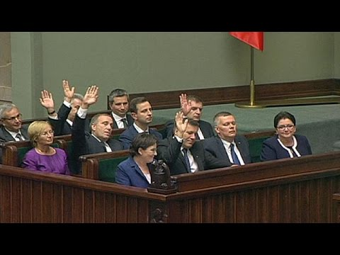 Polish prime minister wins backing of parliament