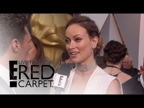 Olivia Wilde Shows Major Cleavage at Oscars 2016 | Live from the Red Carpet | E! News