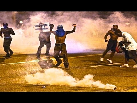 TEAR GAS - Looting Riots in Ferguson Missouri WAR Protest | Mike Brown St. Louis!