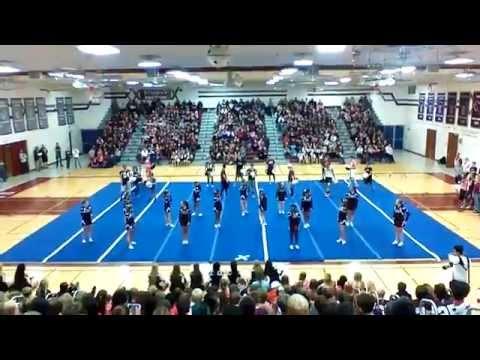 Menomonee Falls High School Varsity Cheer Homecoming Pep Rally 2014 guy-girl routine!