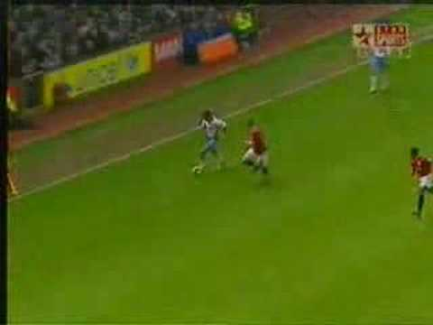 Agbonlahor Aston Villa goal againt Man U (Baros Assist)