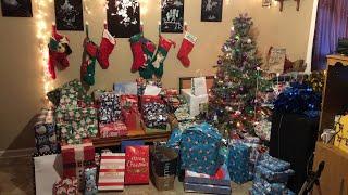 Opening Christmas presents 2k.18